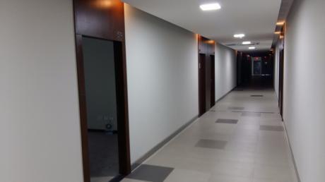 Oficina En Venta Torres Ubc