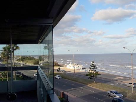 Alquiler Apartamento De 3 Dormitorios En Carrasco