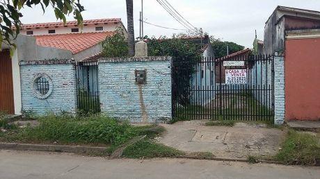 Casa En Venta A Precio De Lote (zona Norte Av. Ovidio Barbery)