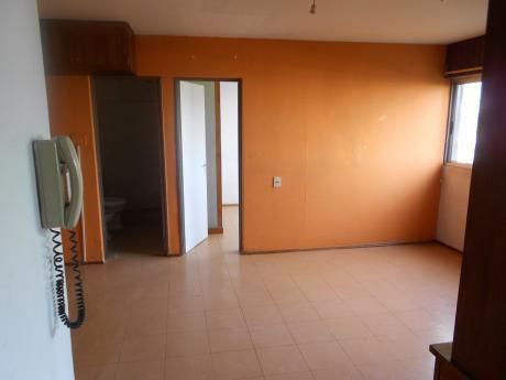 Apartamento De Un Dormitorio.