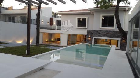 Hermosa Residencia Zona Centenario