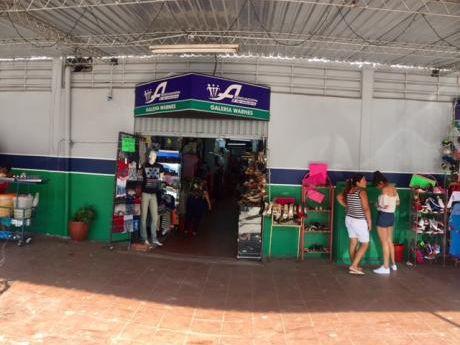 Excelente Oportunidad De Inversión, Local En Venta En Feria Barrio Lindo