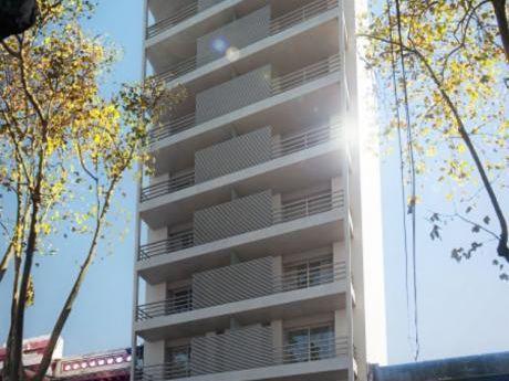 Tempo Jackson 2 Dormitorios, Al Frente, Patio, 120m2 !!!