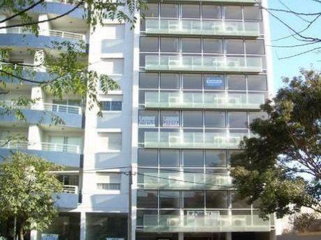 Montevideo - Mono Ambiente Con Renta A Anual Vigente