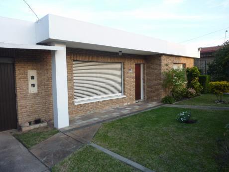 Casa + Apto Al Fondo