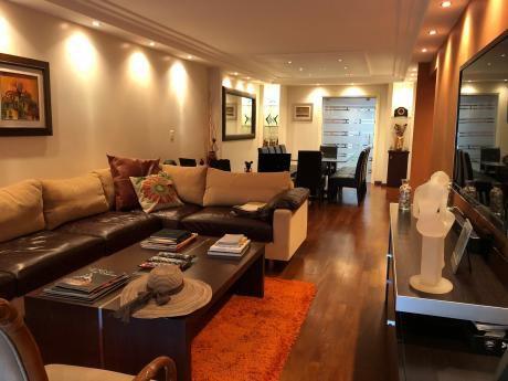 Apartamento De 4 Dormitorios Y Servicio! Amplio Y Moderno!