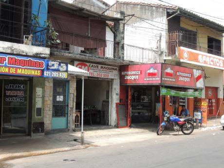 Zona Mercado 4 - Sobre Avda. Rodriguez De Francia Casa Antigua