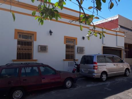 Alquilo Casa Zona Centro De Asucion