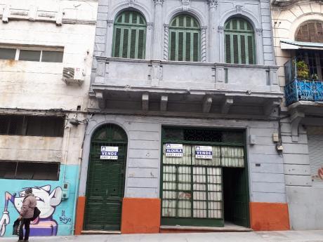 Casa Con Carias Habitaciones Cerrito Y Juncal
