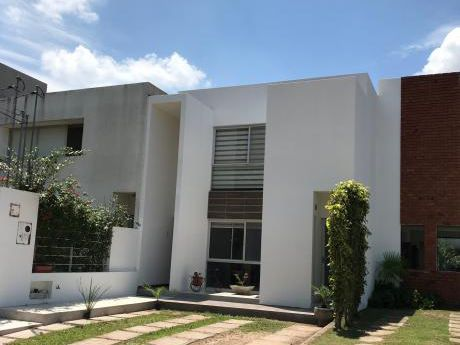 Casa Condomino La Arboleda