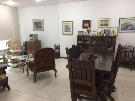 Se Vende Departamento De 3 Dormitorios, En Zona Club Centenario