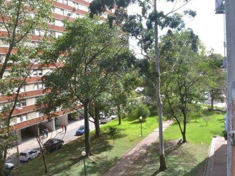 Parque Posadas Impecable