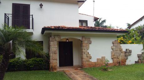 Alquilamos Residencia En Luque - S/ Autopista Silvio Pettirossi