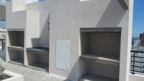 Centro A Estrenar Piso Alto 2 Dorm. Balcon