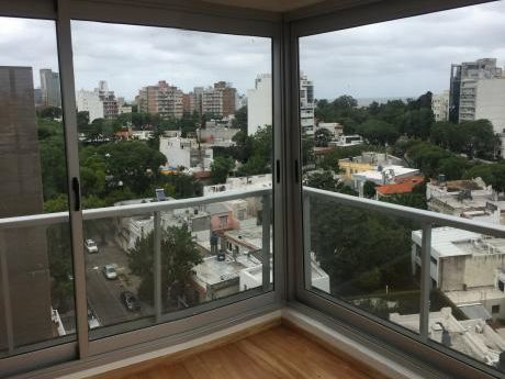 Apartamento 2 Dormitorios, 2 Baños. Punta Carretas