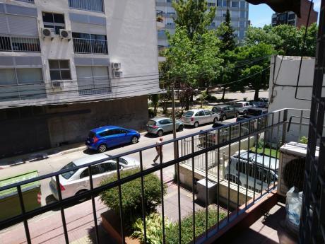 Todo A Nuevo!! Balcón, Terraza. 3 Dormitorios!!
