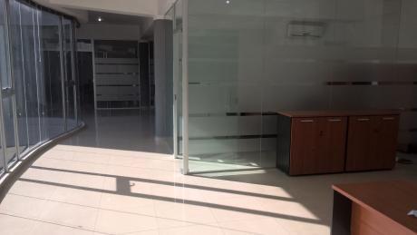 Alquilo En Villa Aurelia Oficinas Corporativas