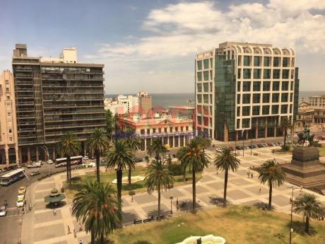 Buena Oficina En Plaza Independencia