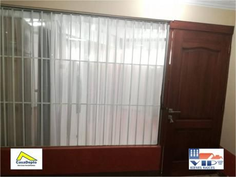 Código 12017, Achumani, Oficina En Venta, La Paz, Bolivia