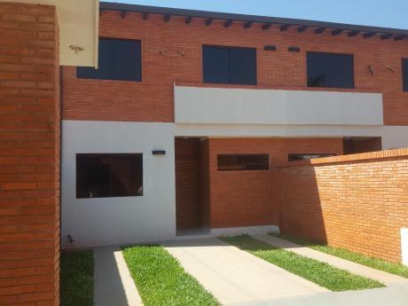 Duplex A Estrenar, Barrio Cerrado