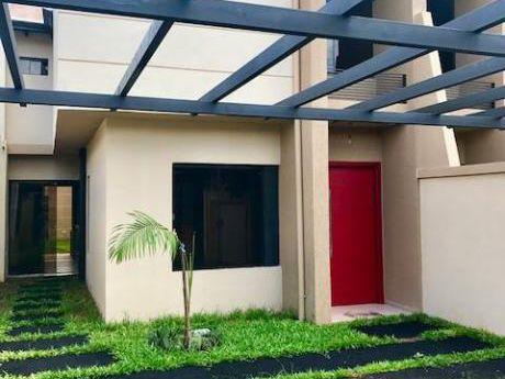 Vendo Duplex Zona Shopping Pinedo. Fernando Zona Norte