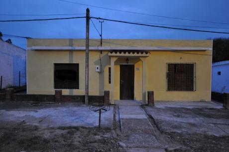 Casa A La Venta 2 Dormitorios Barrio Estación Minas