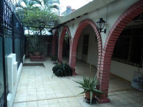 Casa Independiente En Alquiler Para Oficina.