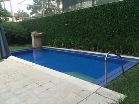 Se Vende Residencia 4 Dorm. En Suite, Zona Bcp - El Mangal