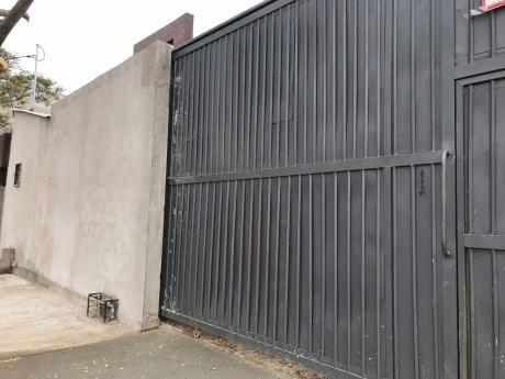 Inmobiliaria Ofrece: En Alquiler Galpón Zona Oeste Av. Doble Vía La Guardia 4to