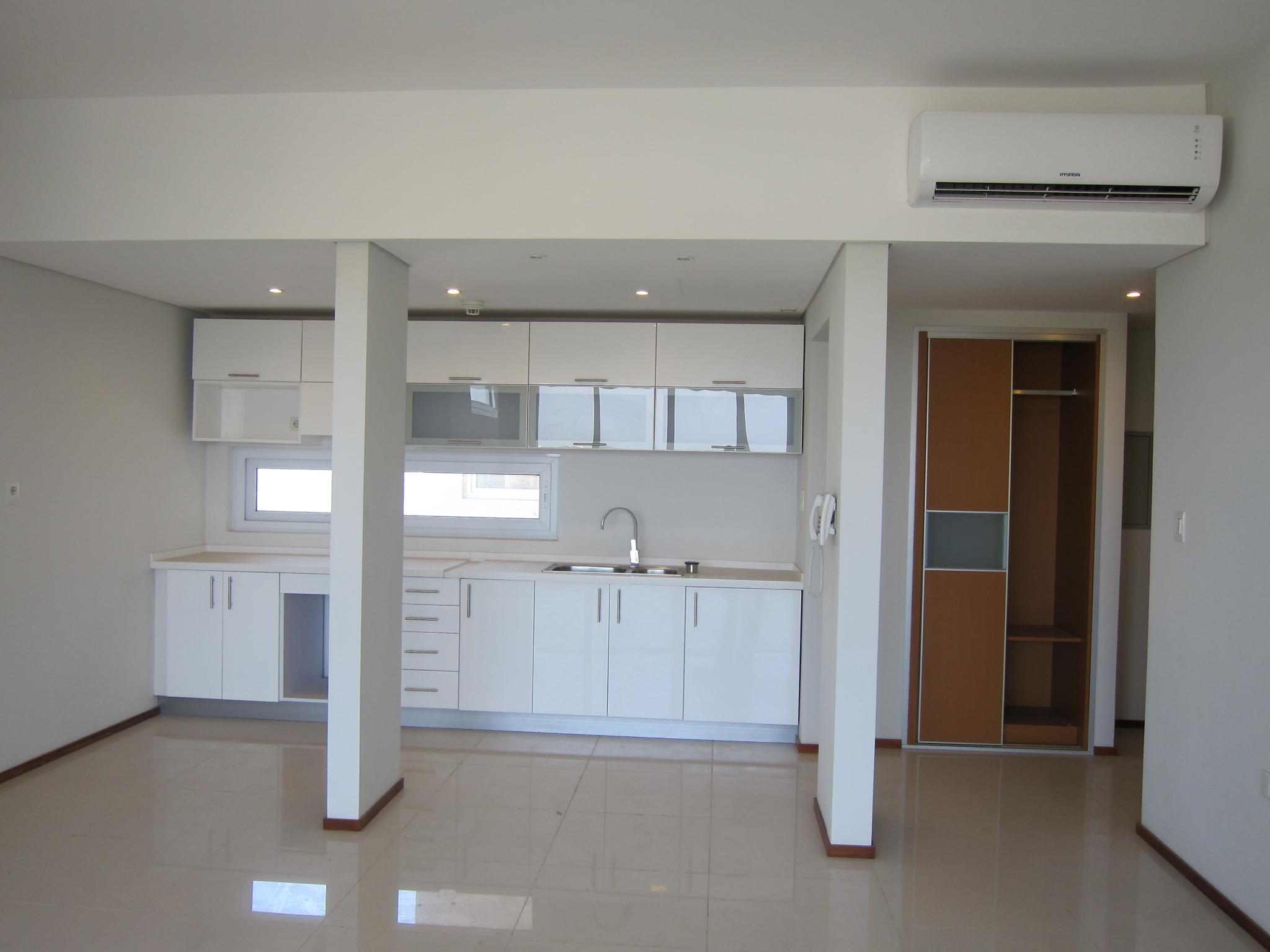 Alquilo Departamento De Dos Dormitorios Sobre Avda. Santa Teresa