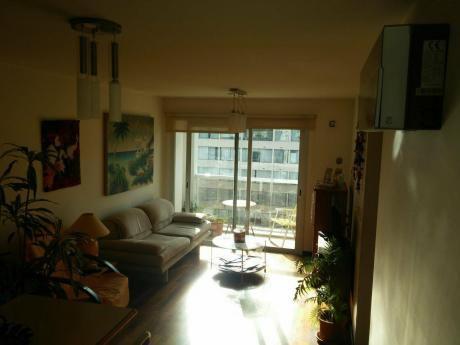 Venta Apartamento Un Dormitorio Con Garage En Punta Carretas