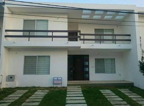 Hermosa Casa En Venta !!!