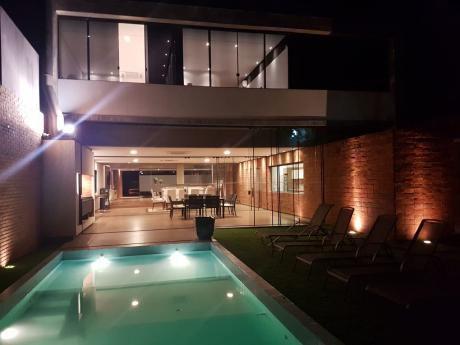 Vendo Hermosa Casa Premium A Estrenar En Villa Morra