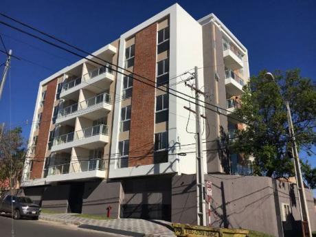 Vendo Departamento De Dos Dormitorios En Edificio A Estrenar En Villa Morra