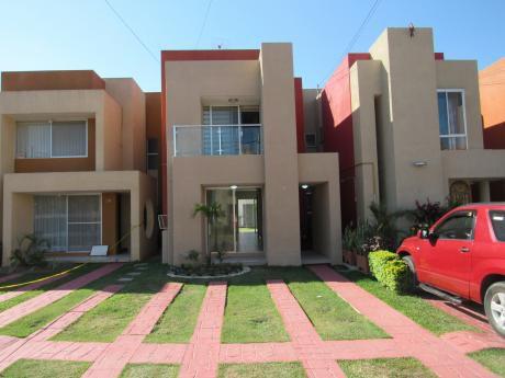 Casa En Condominio Alassio Alquiler