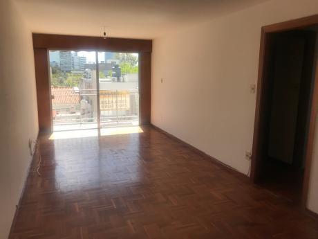 Apartamento Muy Soleado En Punta Carretas