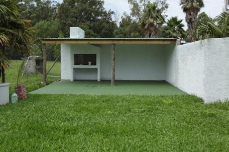Estrene Casa A Una Cuadra De La Playa Por U$ 45.000