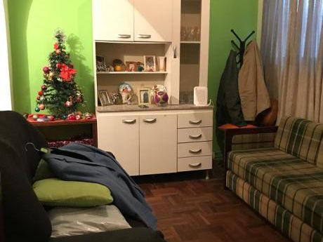 Apartamento De 2 Dormitorios En Cordón!