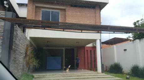 Alquilo Casa Pareada Zona Super El Pueblo Lambare 3 Dormitorios Con Piscina