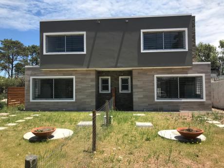 Casa Solymar Sur 3 Dormitorios/2 Baños Parrillero/pérgola,fondo Oportunidad!