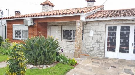Casa Camino Carrasco Al Frente 2 Dormitorios