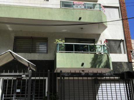 Alquiler De Apartamentos En Pocitos De 2 Dormitorios Con Garaje