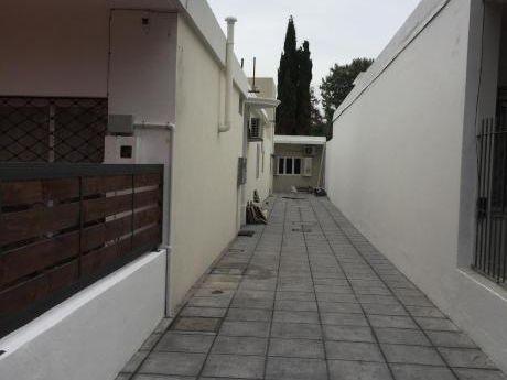 Alquiler Casa/apto En Punta Gorda Prox Club Naútico