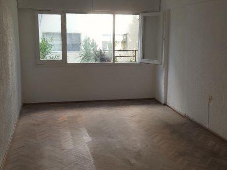 Urquiza Y Jaime Cibils, 3 Dorm,80 M2