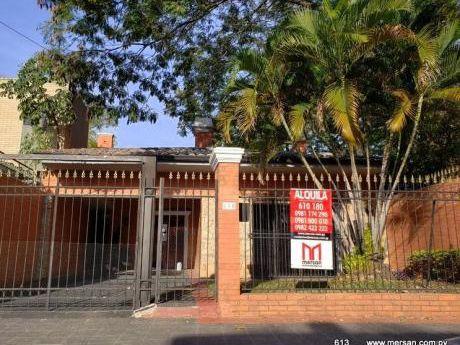 Casa Toda Planta Baja -  B° San Cristóbal (CóD. 613)