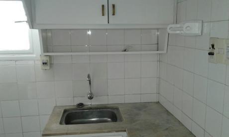 Alquiler Apartamento La Blanqueada 1 Dorm. Pb Con Patio