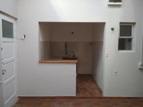 Pocitos 2 Dormitorios Excelente Apartamento