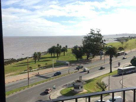 Apartamento En Zona Golf Frente Al Mar!!!