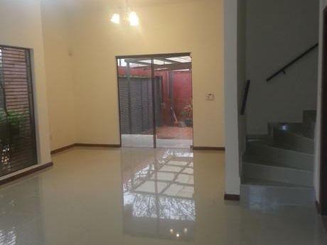 Alquilo Duplex En Fndo De La Mora Zona Norte