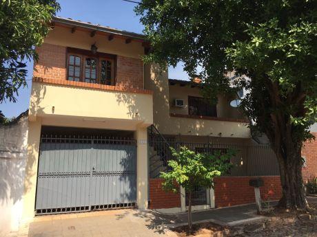 Vivienda En Los Mangales - Zona Ips Y Banco Central